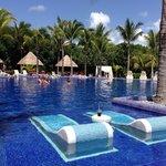 Barcelo Maya Palace Adult pool