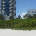 desde la playa al hotel