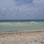 vista de la playa frente del hotel