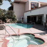 Pool, Spa & Best Western Sign