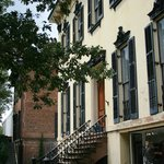 Lovely architecture in Savannah's historic district