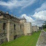 Стены Винскнского замка