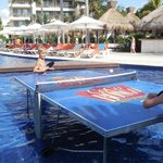 Ping pong in the pool