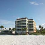 Bay to Beach Resort