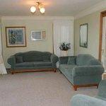 Hunter Homestead - Main House Lounge