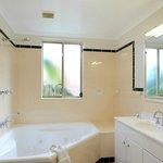 Poolside apt spa bathroom