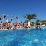 Mousse Partie au Fiesta Beach