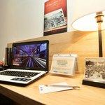 Bureau chambre hôtel Kyriad Vannes centre