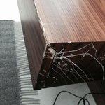 detalle muy feo mobiliario