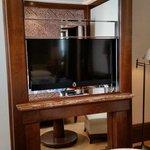 Elegantes Versteck für den TV