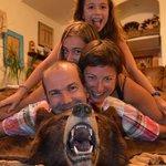 Photo avec l'ours de Bubba