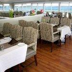 La Vista Dining Room overlooking beautiful Mahone Bay