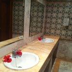les sanitaires près du restau! hotel très propre!