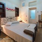 Cretan Villa - Akrolithos apartmen bedroom