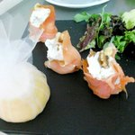 Salmon with cream cheese