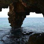 Vu d'une grotte accessible a pied