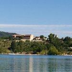 L hôtel vue du lac