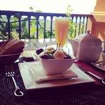 Superbe vue avec un superbe petit déjeuner :-)