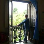 Чудесный старинный балкон в номере