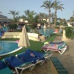 kids pool/water sport pool