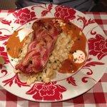 Pollo con pancetta paprika e gnocchetti con crauti