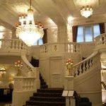 entering front door of st ermin's hotel
