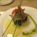 Poisson (lotte) avec ses légumes (plat)