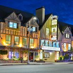 THE CHARMING ST. GEORGE INN & SUITES