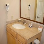 Decent bathroom surfaces and fixtures