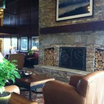 The aroma of the wood burning fireplace permeated the beautiful lobby area
