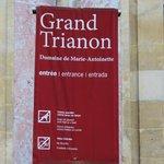 Cartel entrada al Grand Trianon