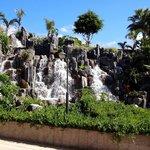 Водопад отеля