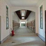 Коридор в тюремном здании