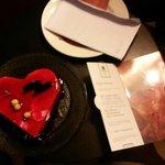 Odaya gelen doğum günü pastası :)