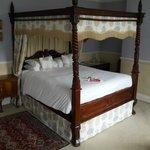 Room 16, Oldfields House, Bath.