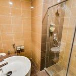 Bathroom w standing shower