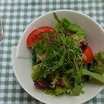 Salat inbegriffen