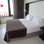 lit chambre 1407