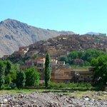 le village d'Aremd - le gite est tout en haut