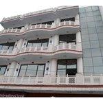 OYO 13852 Hotel Maharana Palace