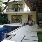 La villa avec sa piscine privée