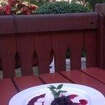 Красивая паннакота с красивым видом, но очень кислым вкусом)))