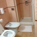 Baño cómodo y funcional