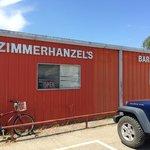 صورة فوتوغرافية لـ Zimmerhanzel's Bar-B-Que