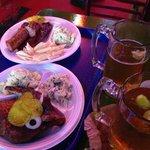bulldog plate! yum!