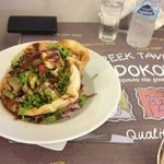 Salad with haloumi