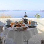 Frühstück wird auf der eigenen Terrasse serviert