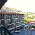 Vista lateral del Hotel desde mi terraza