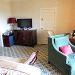 Room, connecting door to suite next door