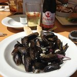 Mussels mmm tasty !!  and Bulwark Cider of course